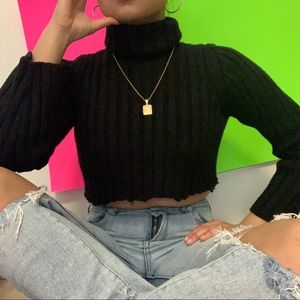 Sweaters - cropped turtleneck black cable knit sweater ✧